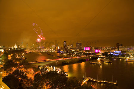 Party : Fireworks over river thames