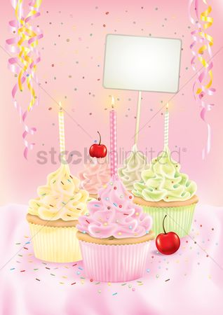 Cream : Cupcakes with birthday candles