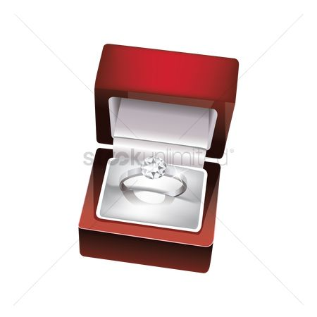 Weddings : Diamond ring in a box