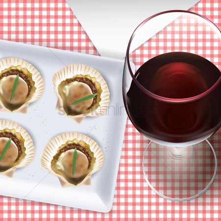 Red wines : Glass of red wine with scallops