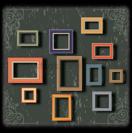 Picture : Picture frames on the wall