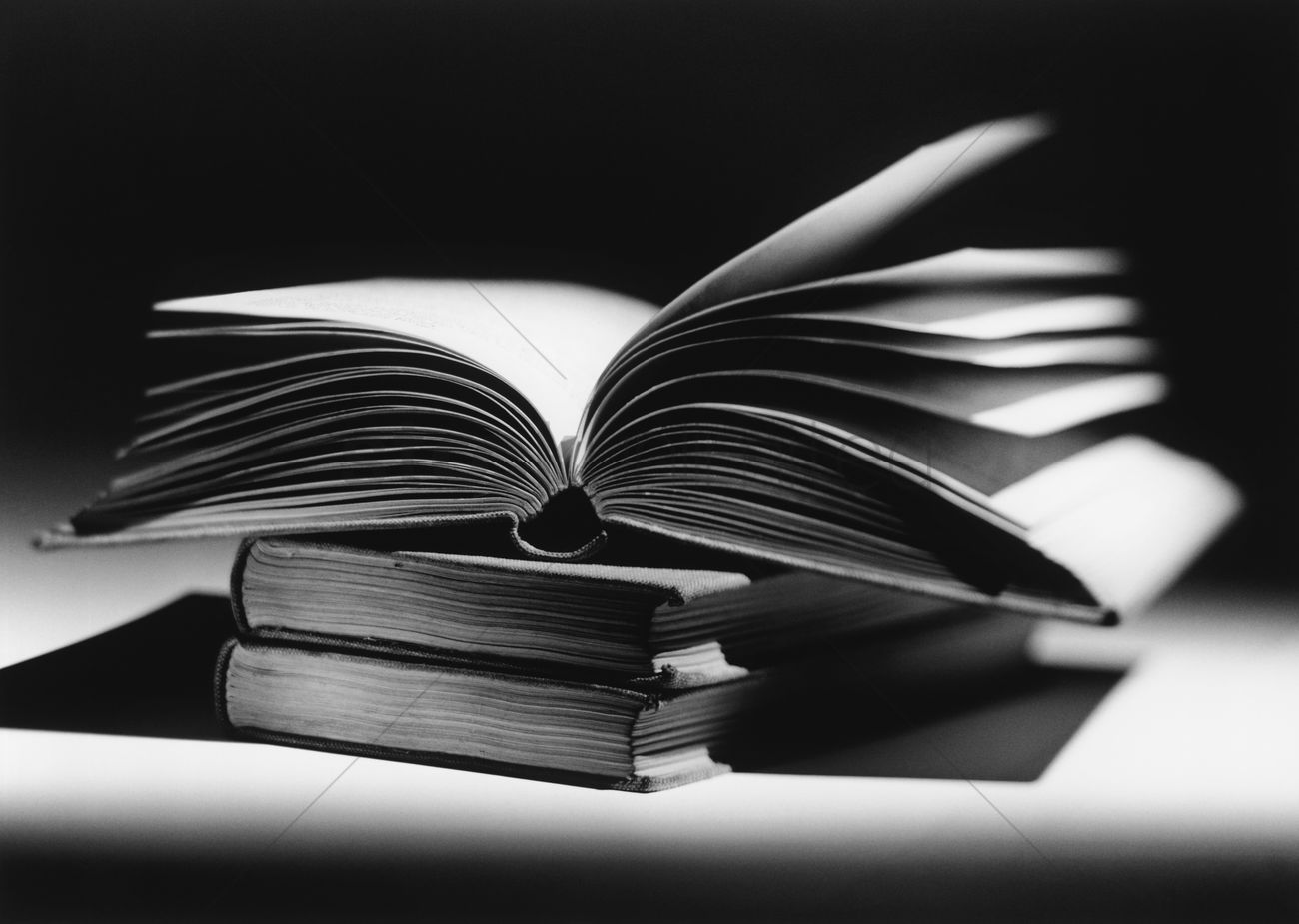 open book b w stock photo 1885250 stockunlimited