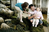 Popular : Couple playing with their daughter