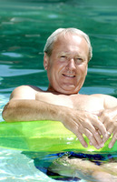Popular : Man floating on the swimming pool
