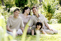 Popular : Parents and children posing in the park