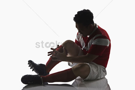 Match : A soccer player get injured