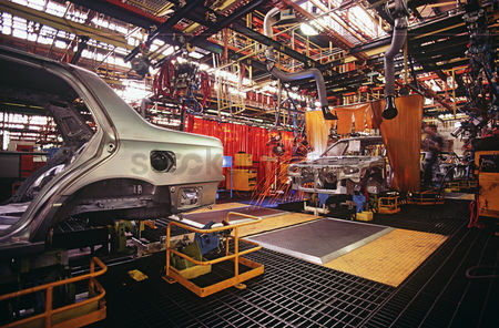 Car : Automobile manufacturing plant
