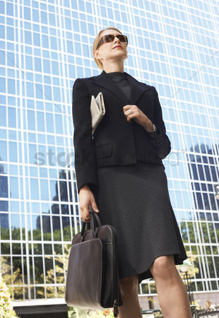 Jacket : Businesswoman outside office building
