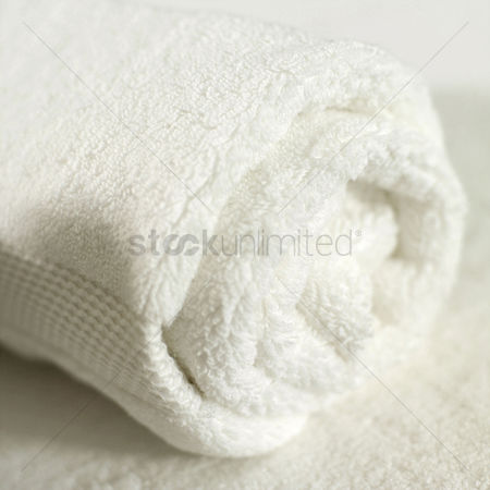 Tidy : Clean rolled up towel