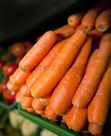 Supermarket : Close-up of fresh carrots in supermarket