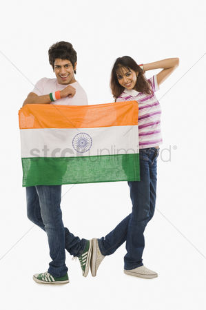 Respect : Couple holding indian flag