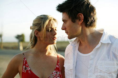 Attraction : Couple looking at each other