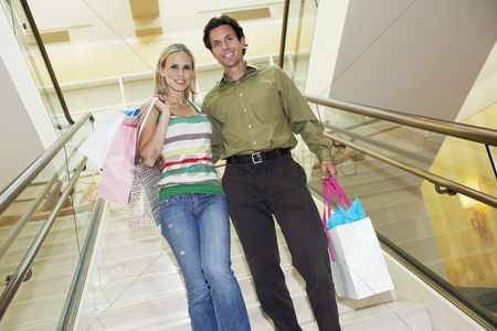 Stairs : Couple on a shopping trip