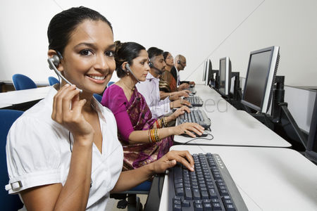 Traditional clothing : Customer service reps in call center