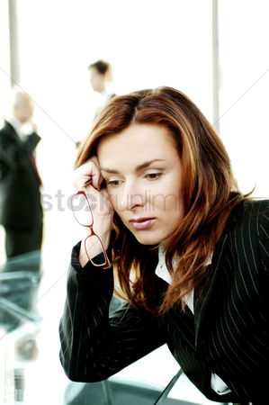 Contemplation : Depressed businesswoman