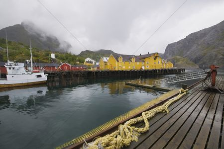 Rope : Fishing boat in harbour of lofoten islands norway