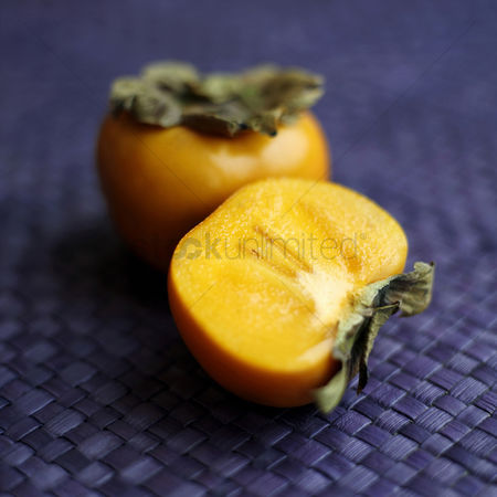 Appetite : High angle close-up of persimmon