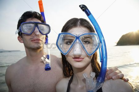 Diving : Man and woman with scuba mask