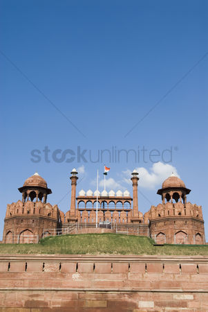 Blowing : Panoramic view of a fort  red fort  new delhi  india