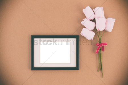 Flat : Photo frame with roses