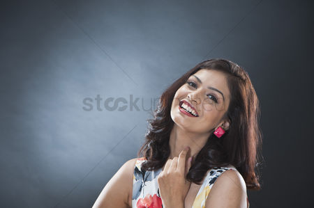 Elegance : Portrait of a beautiful young woman posing