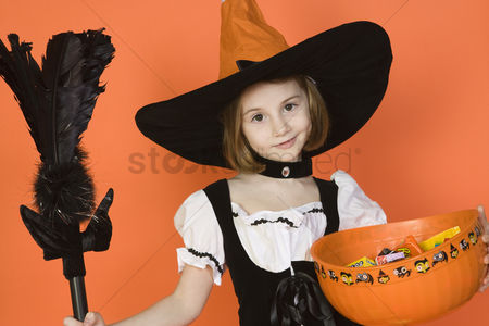 Pre teen : Portrait of girl  7-9  wearing witch costume for halloween