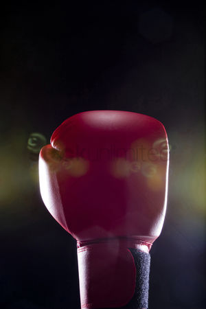 Rage : Red boxing glove