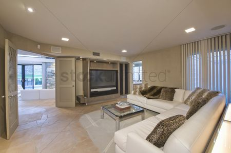 Furniture : Television area of palm springs home