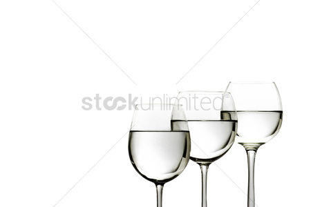 Refreshment : Three glasses of water