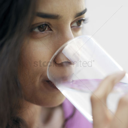Refreshment : Woman drinking water