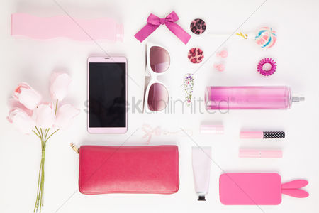 Flat : Woman s accessories on white background