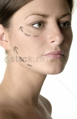 Attraction : Woman s face with arrows showing up