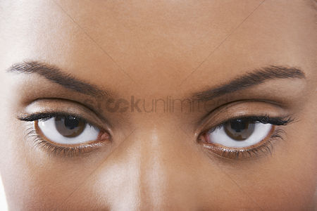 Young woman : Young black woman s eyes